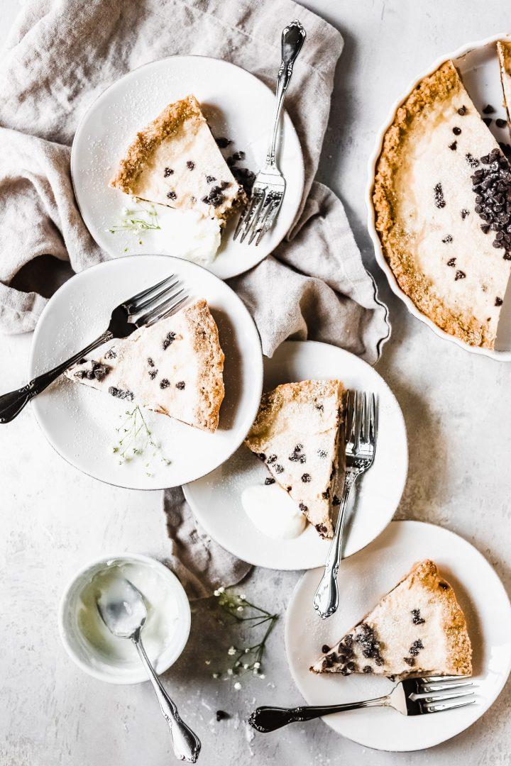 slices of cannoli cheesecake
