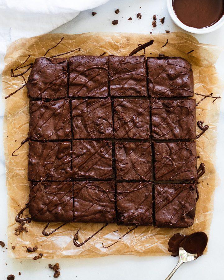 Paleo fudge brownies with chocolate drizzle