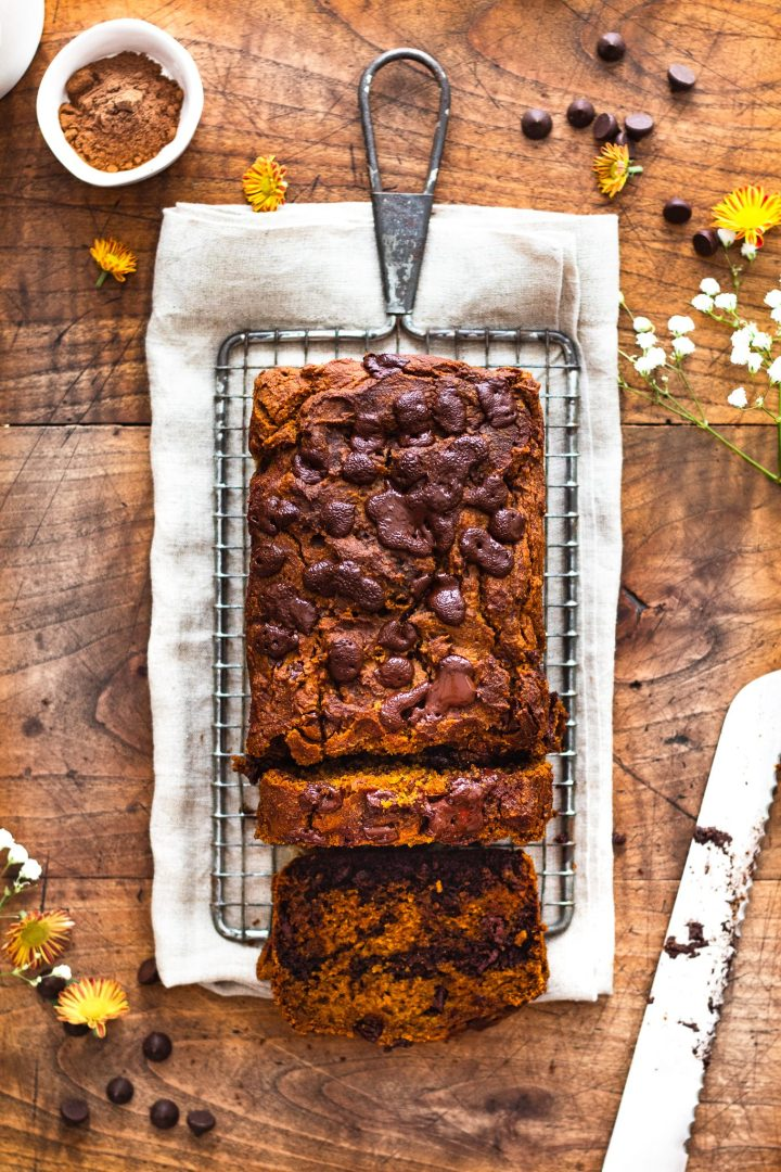 healthy pumpkin bread on cooling rack with cake knife