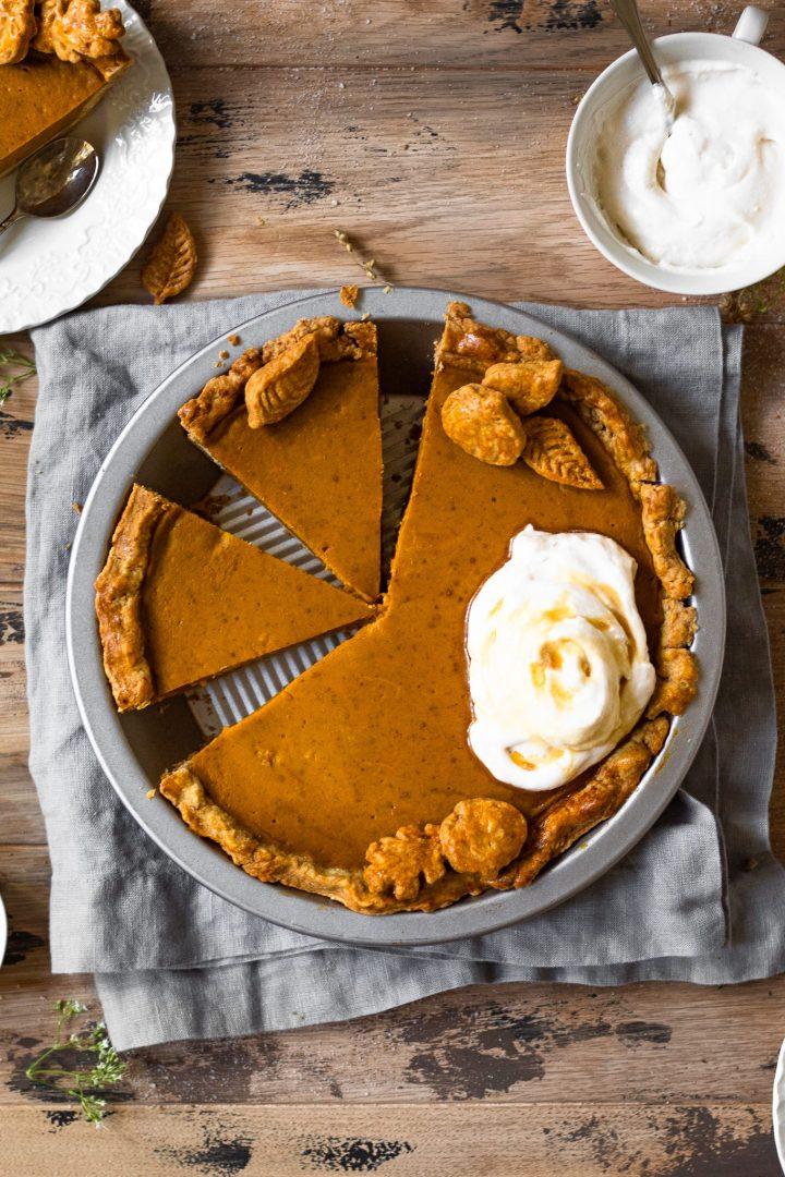 sliced pumpkin pie