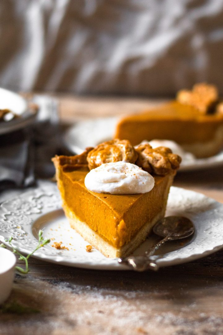 slice of paleo vegan pumpkin pie