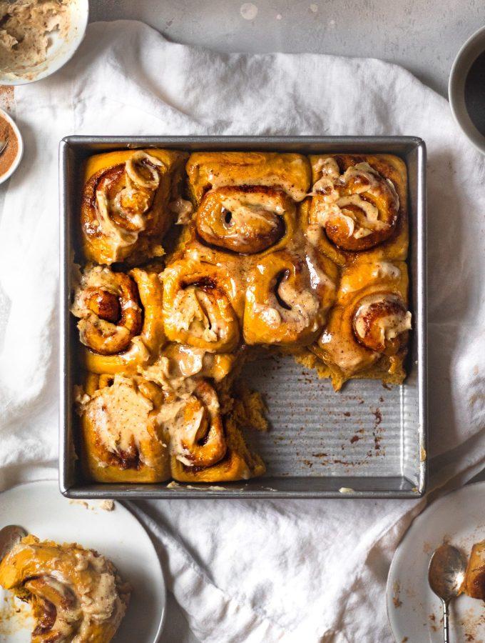 baked pumpkin cinnamon rolls