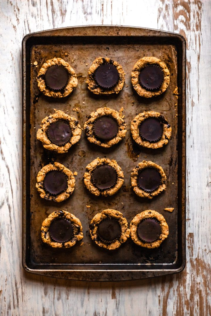 baking sheet of cookie cups