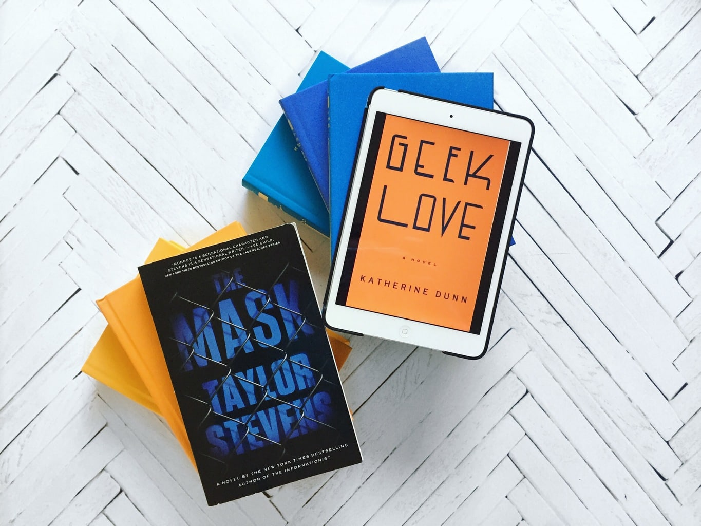 Two DNF Reviews: The Mask and Geek Love