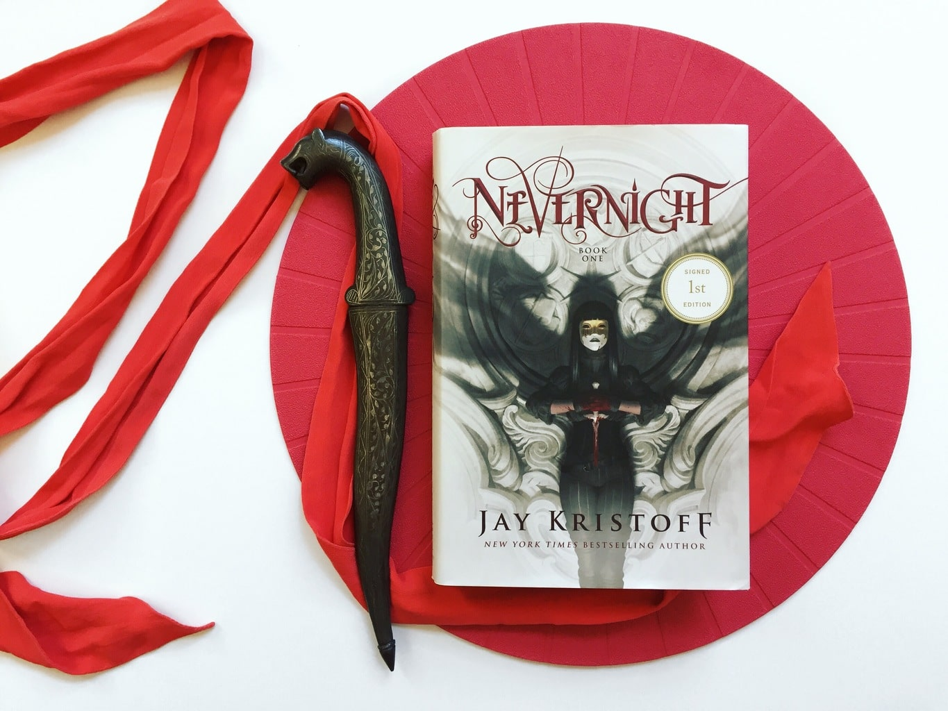 Nevernight: I HAVE BEEN DUPED! MAGICKED! SORCERIZED! SPELLED!