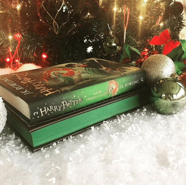 christmas bookstagram