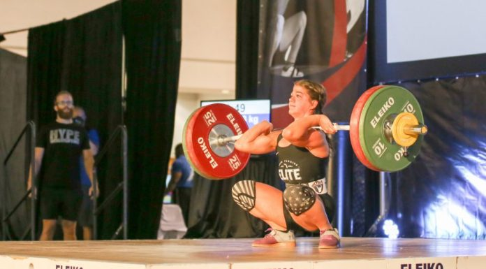 Kaela Stephano attempting 93kg clean and jerk at 2017 USAW Youth National Championships. Lifting Life/Photo