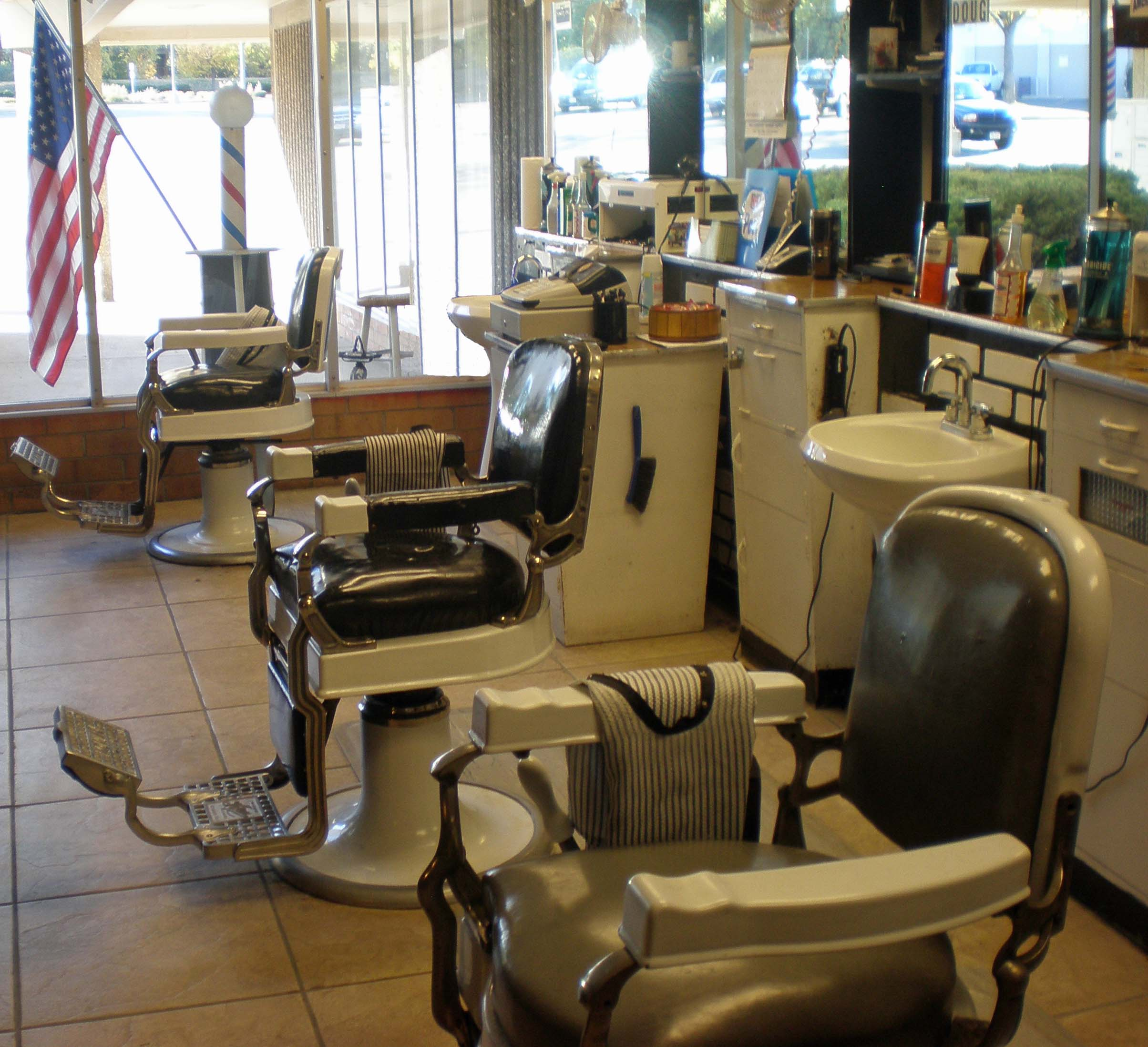 Old School Barber Chair Koken Barber Chairs The Barber Den