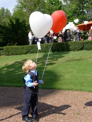 He does like balloons