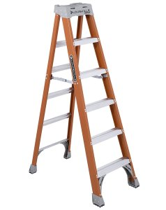 aluminum vs fiberglass ladder