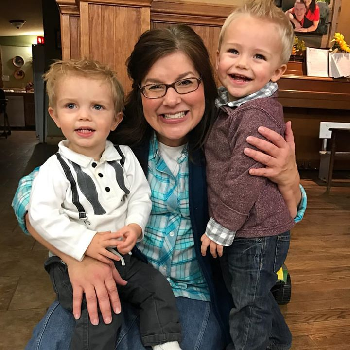 Just doesn't get much better than this!! Love my grandbabies!! #CarsonPaine #BradleyBates