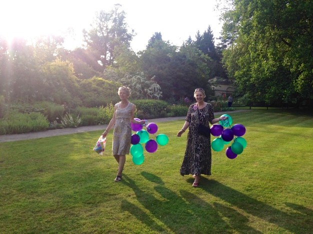 Helen and Trish look so Summery with their sunlit balloons