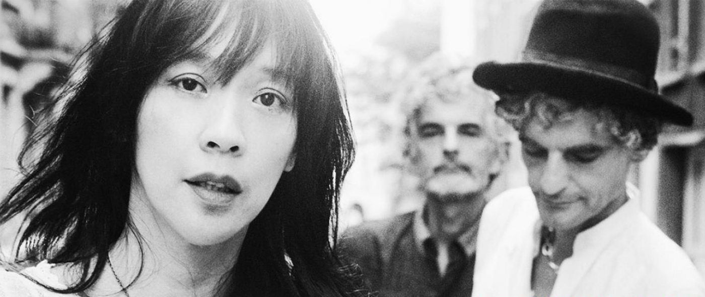 Obvious, the blonde redhead are not