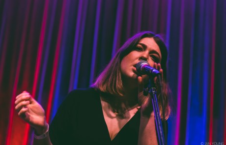 Photos: Yumi Zouma at Swedish American Hall