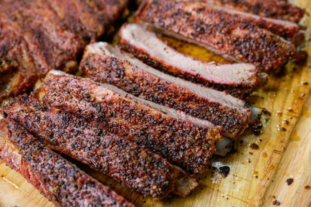 Hot and Fast Texas Style Spare Ribs