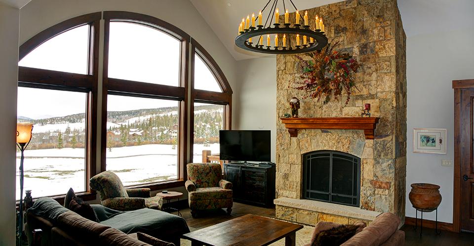 golden eagle living room