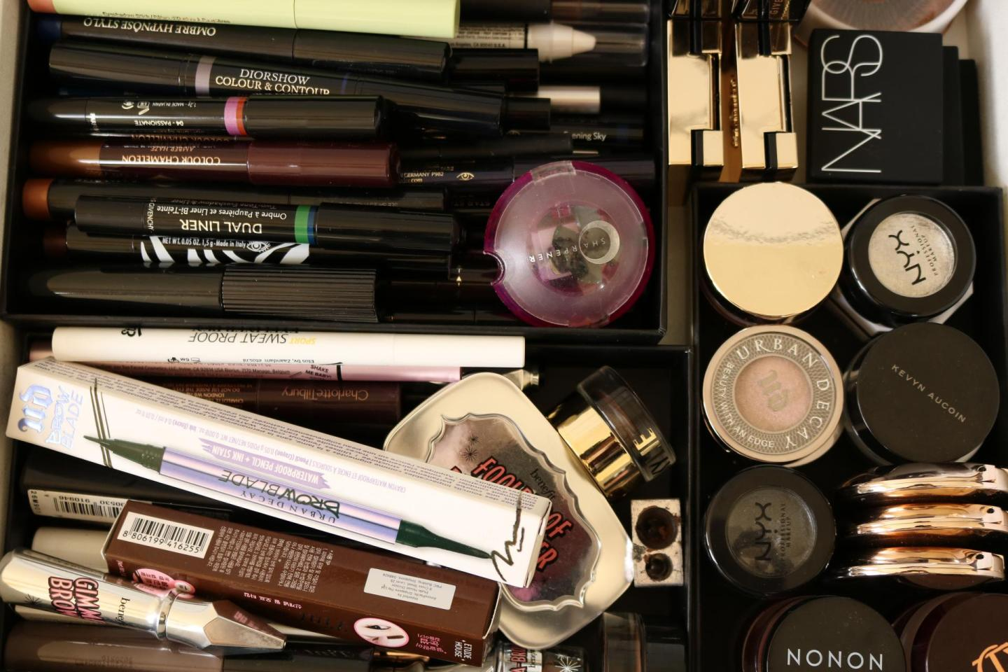Cleaning up the makeup like Marie Kondo