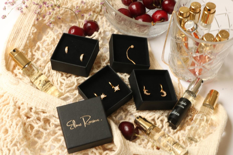 TREND: golden earrings by Eline Rosina