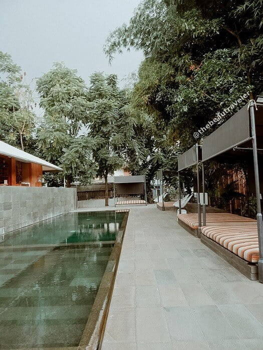 The swimming pool at Blackbird Hotel.