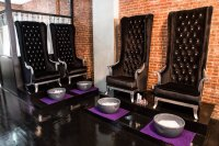 We Found NYC Trendiest Luxury Nail Salon and They Serve ...