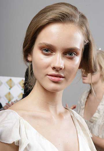 donna-karan-makeup