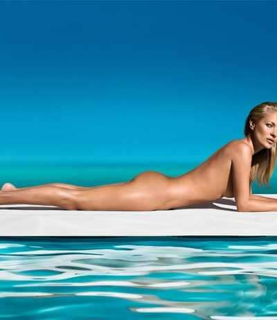 Kate Moss shows us how to look good naked!