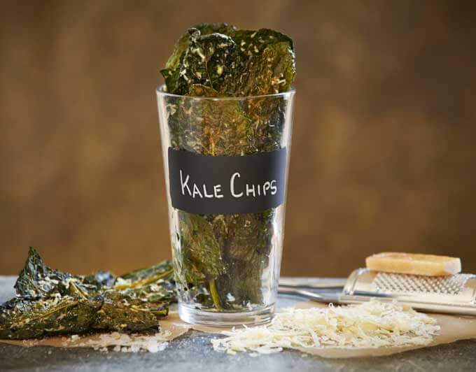 beauty food baked kale chips2