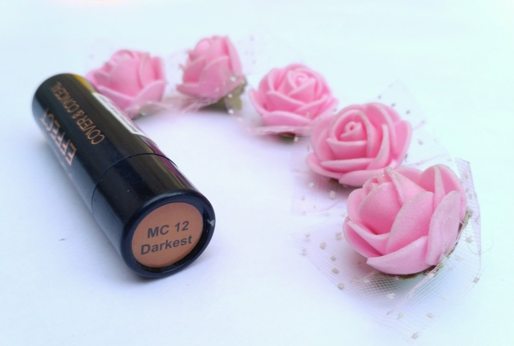 Makeup Revolution The Matte Effect Cover & Conceal M12 Darkest Review