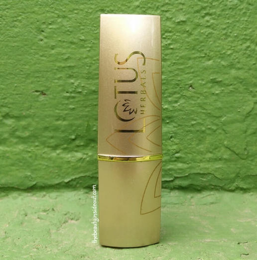 Lotus Herbals Pure Color Lipstick Red Rose