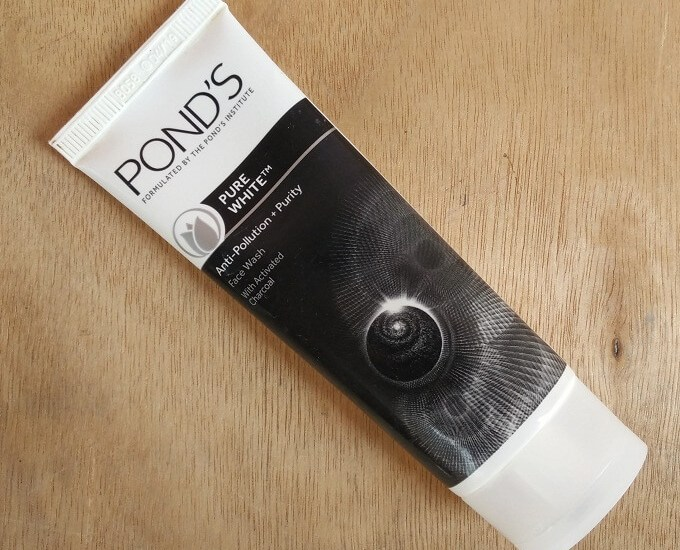 Pond's Pure White Anti-Pollution Face Wash