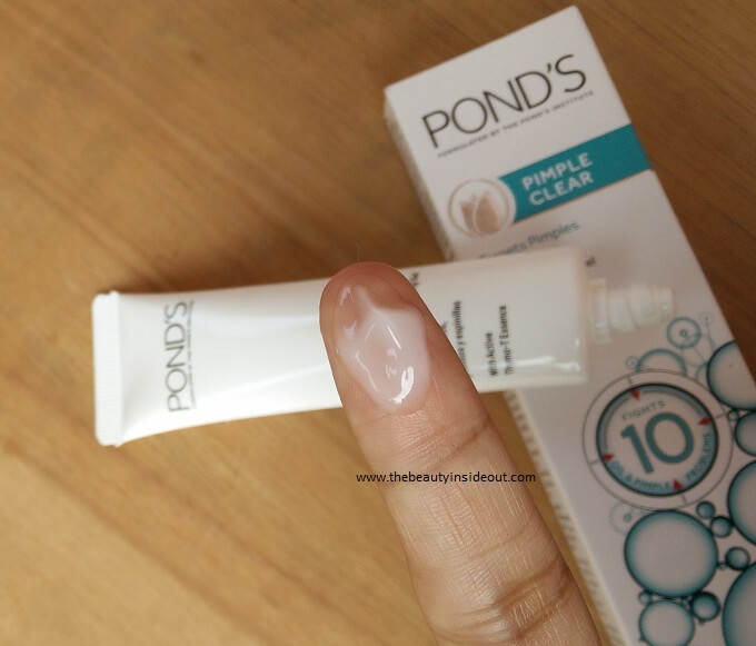 Ponds Leave On Expert Clearing Gel Swatch