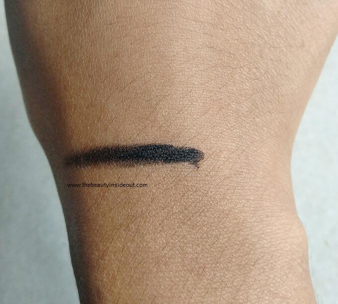 Maybelline Lasting Drama Gel Eyeliner texture