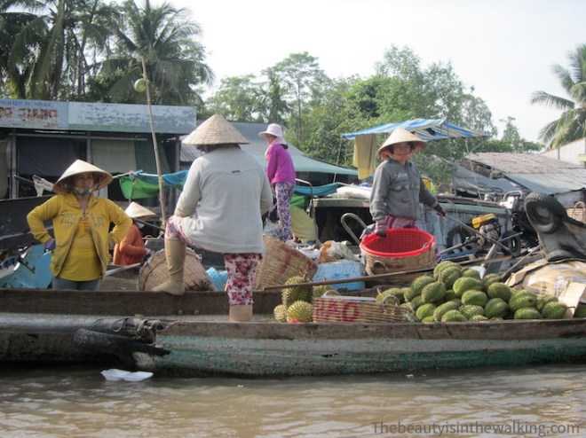 Women at Phong Dien floating market, Can Tho