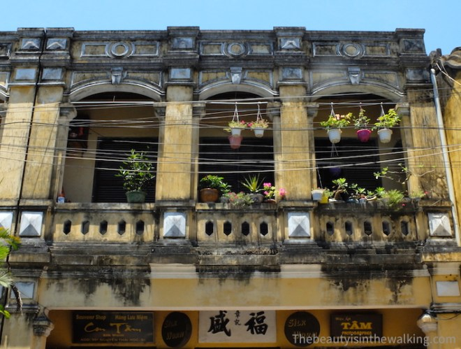 Building in the old town of Hoi an