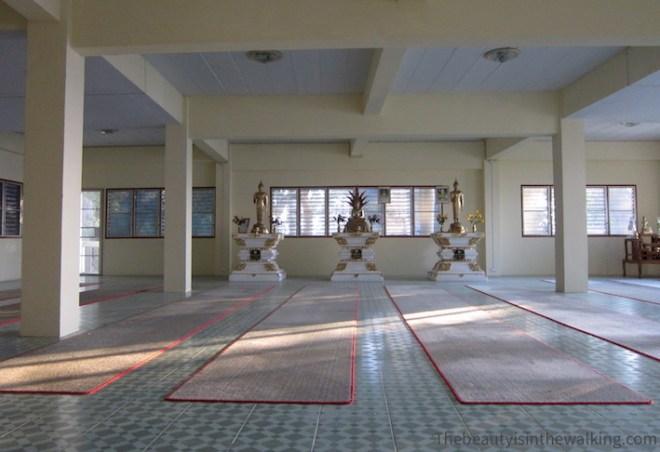 Salle de méditation du temple Doi Suthep