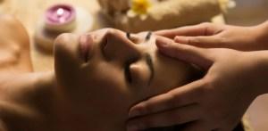 Head massage scaled - Head-massage