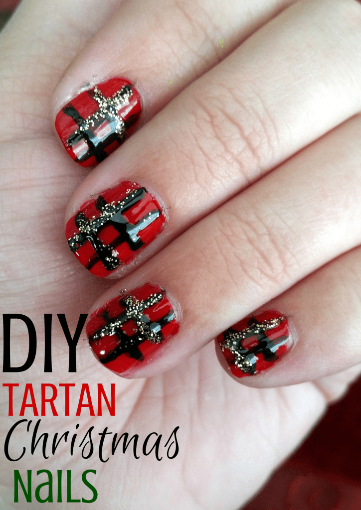Easy DIY Tartan Christmas Nails