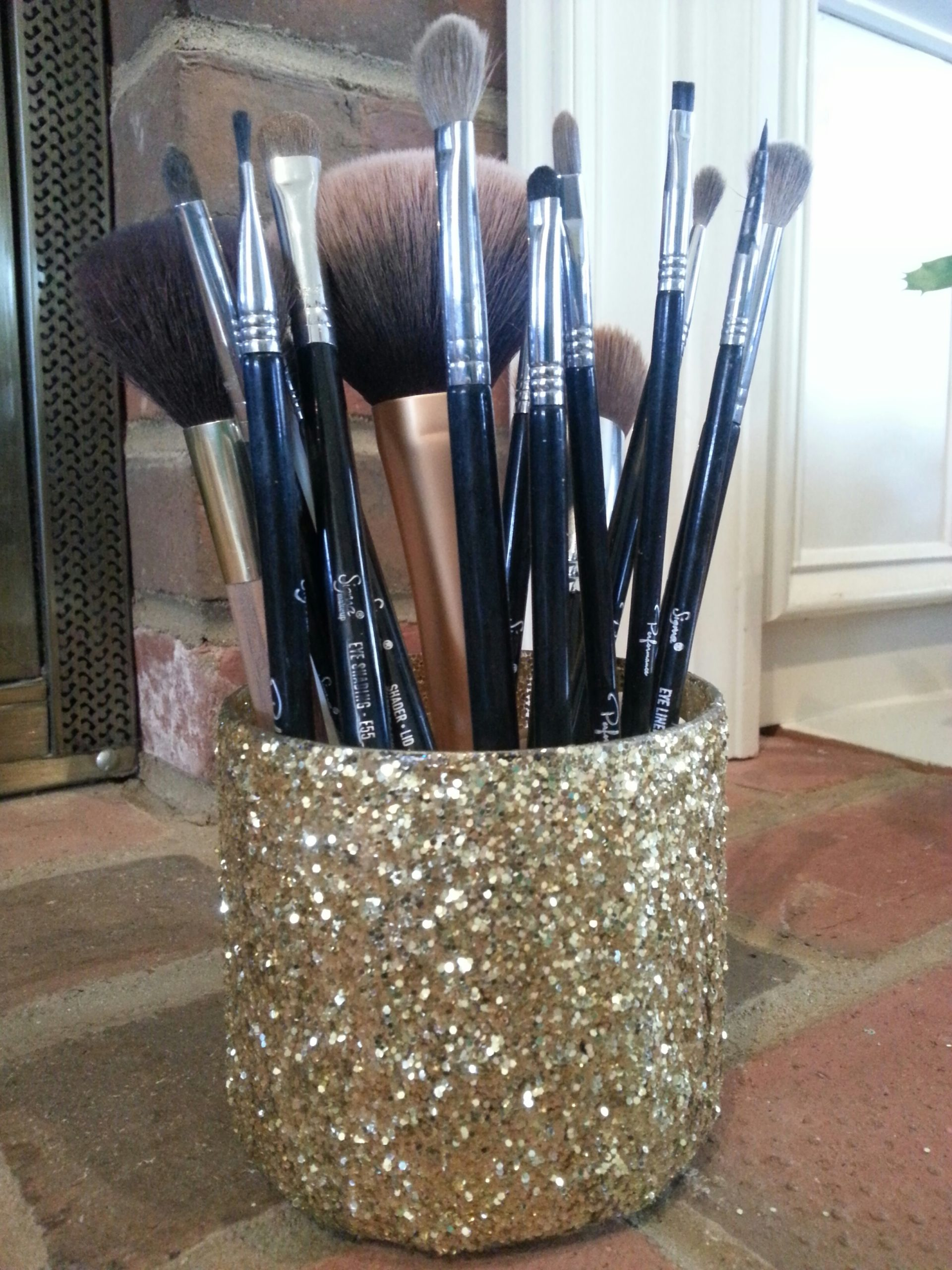 If you love glitz and glam you need to make this DIY Makeup Brush Holder. First Look.