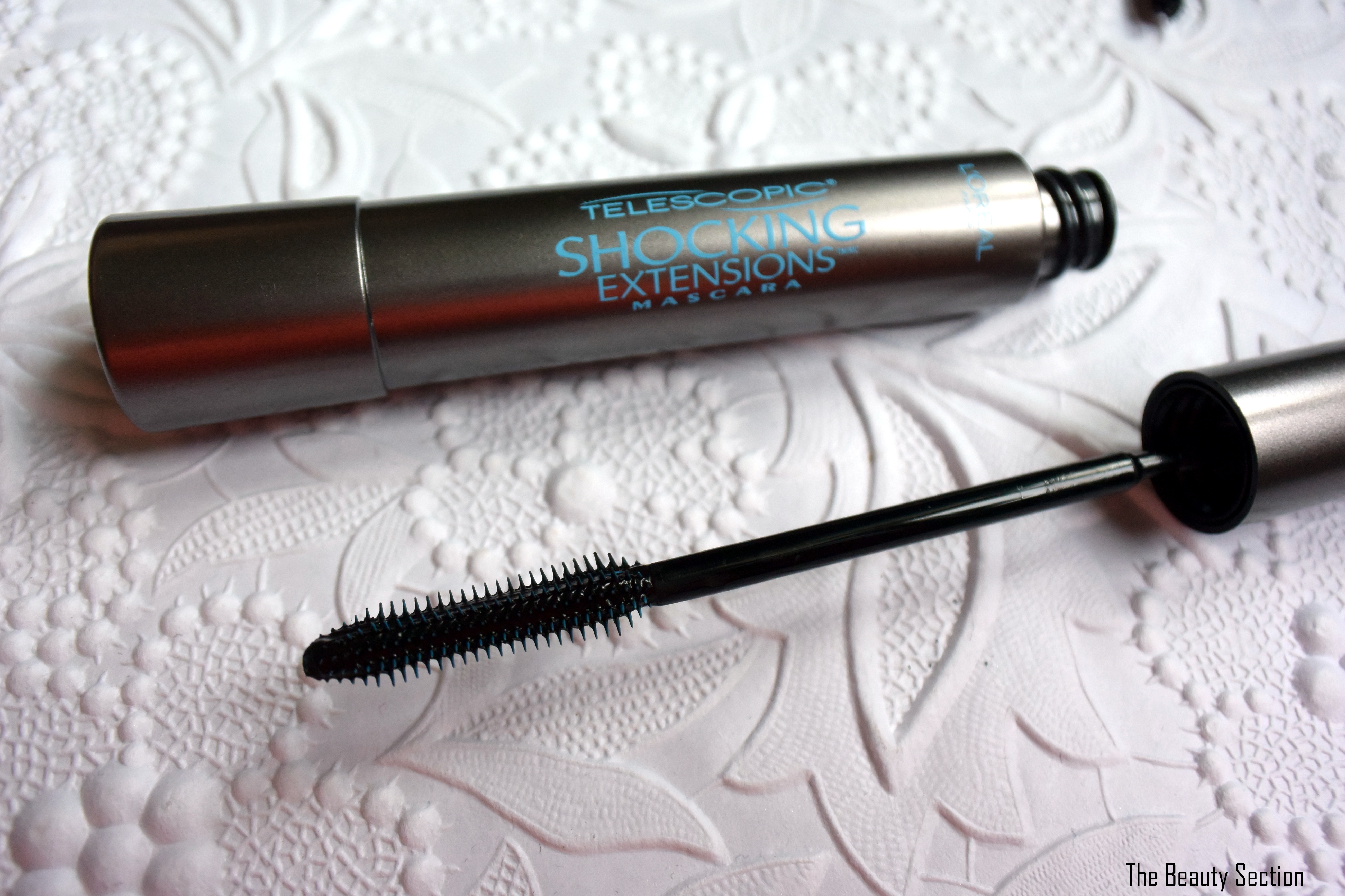 Wedding Makeup: Mascara, water proof, cry proof volumizing and lengthening perfect for your wedding day!