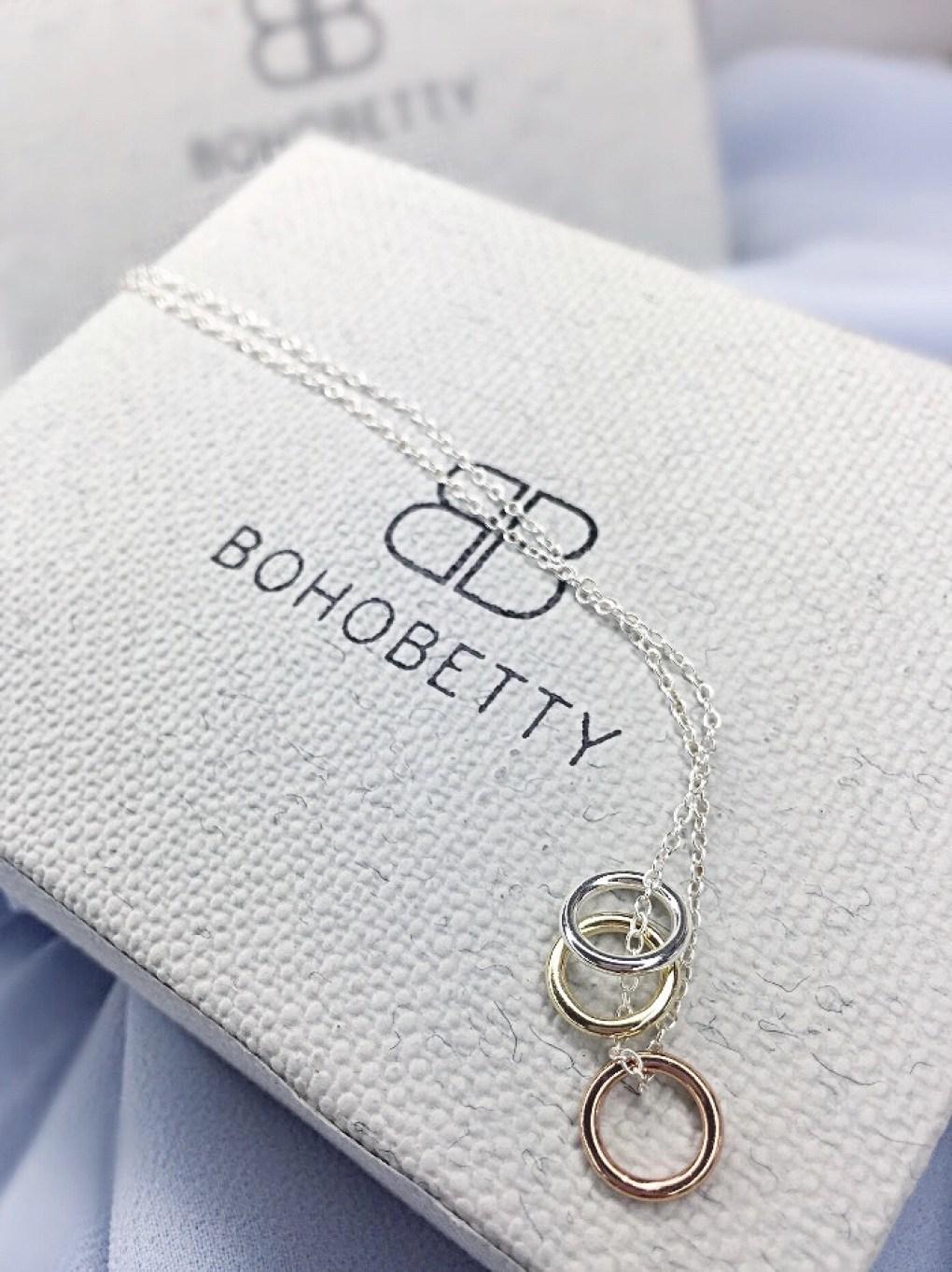 Aramone minimal Three ring Boho Betty necklace