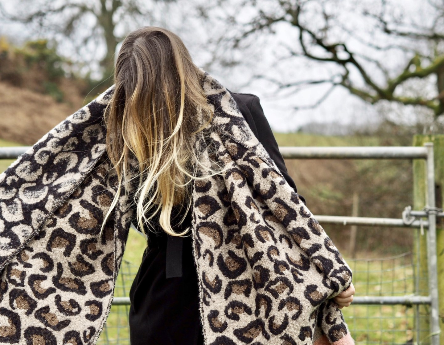 Oversized scarves. The edit