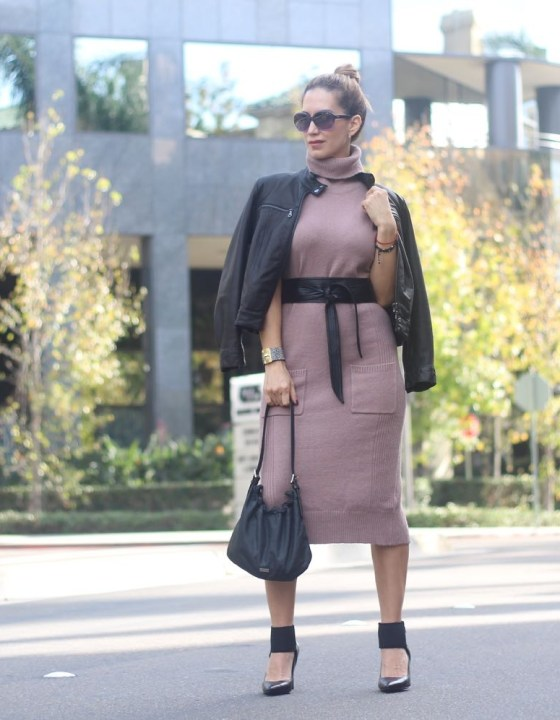 A FLATTERING WAY TO STYLE A SWEATER DRESS