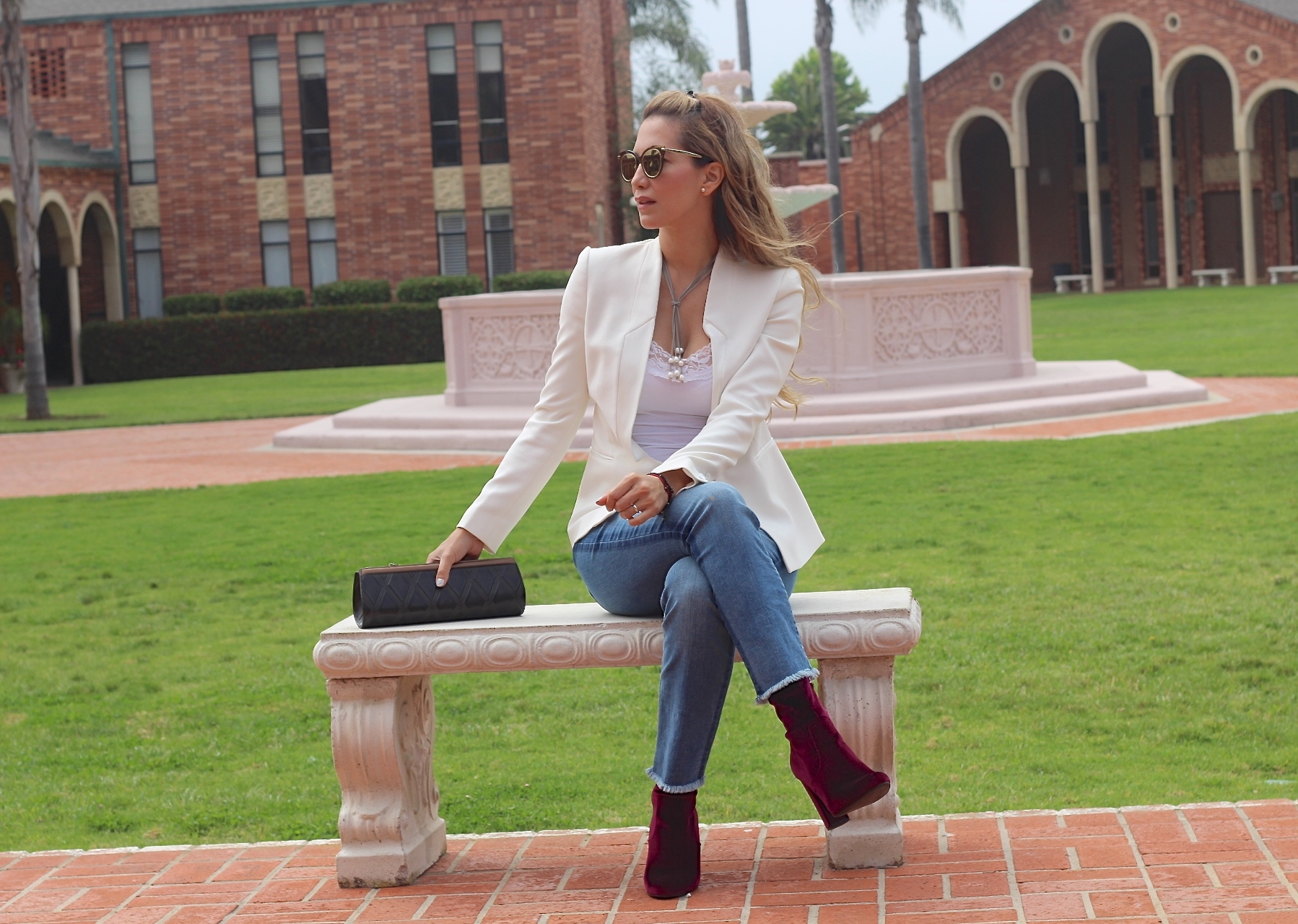 ADD A CHIC & EDGY TOUCH TO YOUR LOOK // WREN AND ROCH HANDBAGS