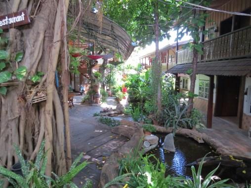 The Restaurant Before Prayer Walking Around Chiang Mai
