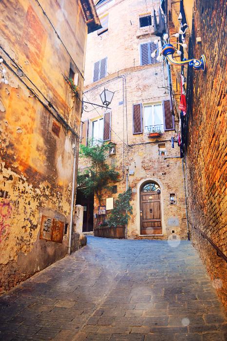 Italy102