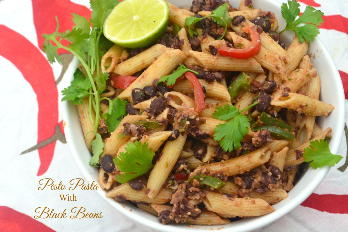 pesto pasta with black beans