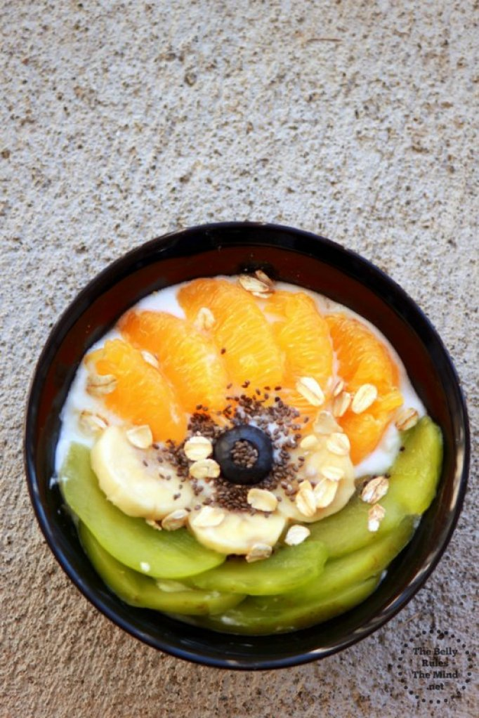 Banana Oatmeal Yogurt Bowl 3