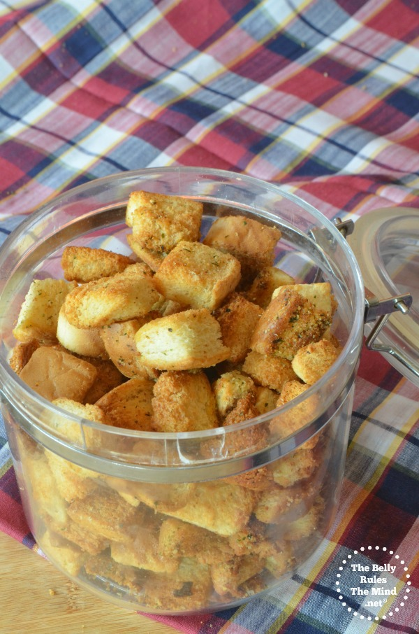 Mix herb croutons