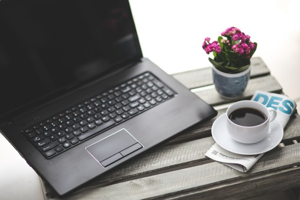 coffee-cup-laptop-notebook