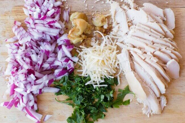 toppings-for-garlic-chicken-pizza